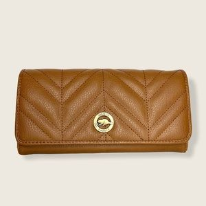 ROOTS Tan Leather Quilted Large Accordion Wallet